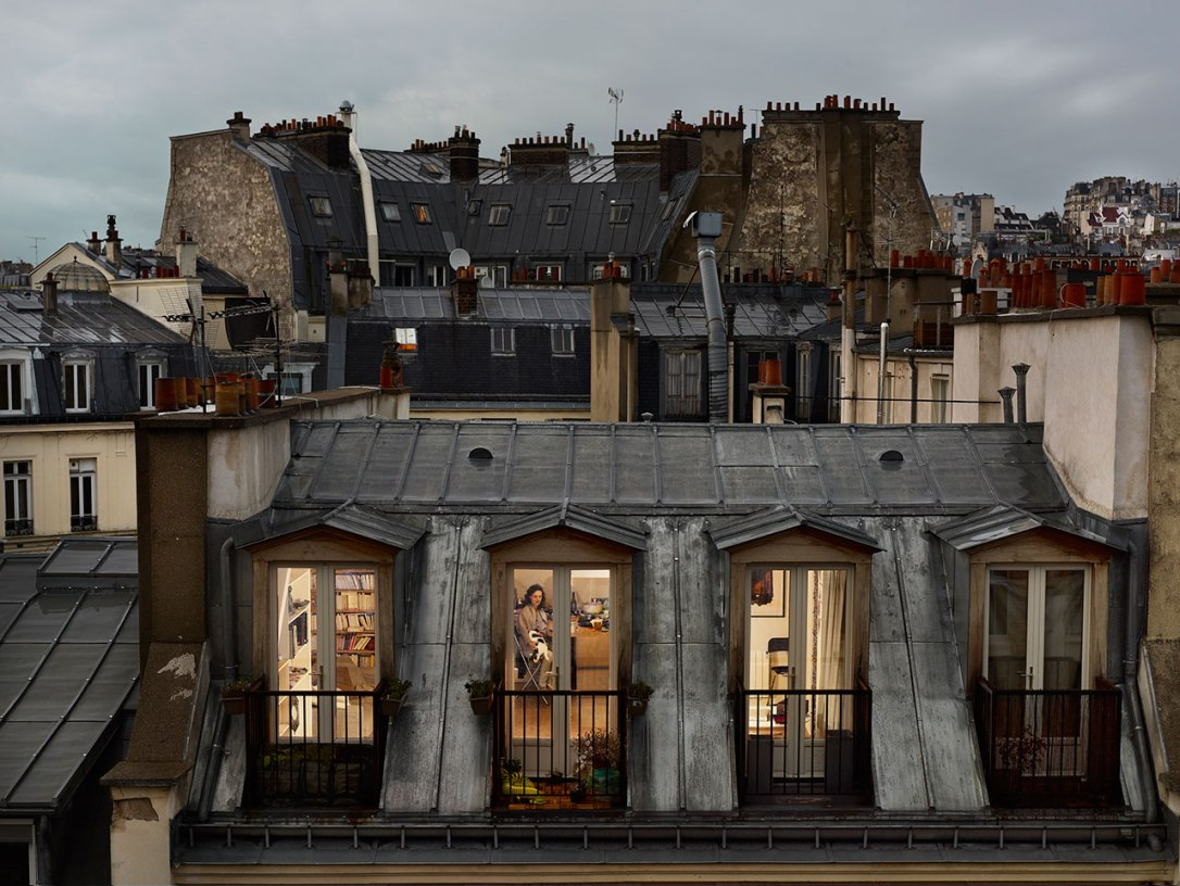 f20_out_my_window_gail_albert_halaban_vis_a_vis_paris_yatzer